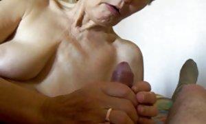 最简单的方式扩大你的阴茎奶奶肉汗